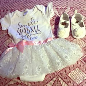 Other - Adorable onesie with tutu and crib shoe bundle
